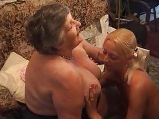 grandma eats a delightful lesbi babe