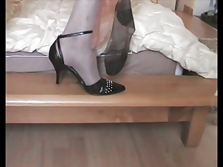 natasha enjoys with used nylons maiden when she