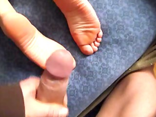 housewife cumshots on foot soles