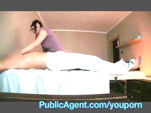 publicagent banging the masseur mature babe