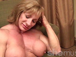 cougar muscle showoff