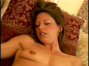 lascivious mother id enjoy to fuck finds a huge