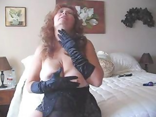 naughty cougar goes solo and wears her