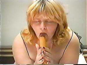 milf pleasure with a baseball bat