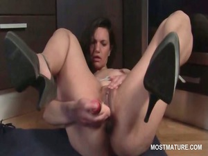 extremely impressive older on high shoes dildoing
