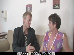 granny lady enjoys driving difficult cock