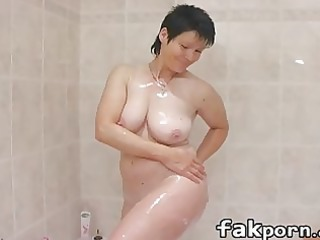 grown-up chick playing into bathtub