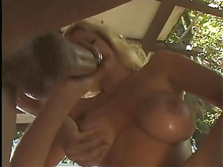 bleached sweetie worships to give handjobs