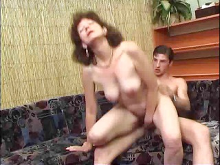 russian cougar with a real hairy whore