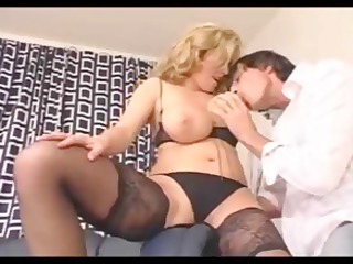 busty bleached woman fucked by troc