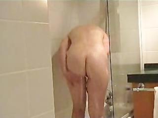 french mature babe obtains a bathroom
