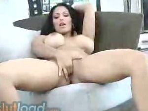 big chest lady plays