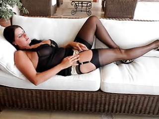 nice lady into nylons
