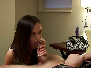 brunette lady gives surprising dick sucking