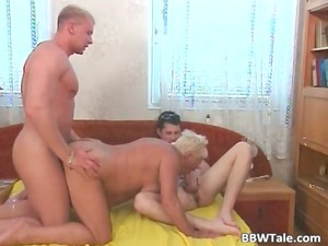 plump blonde lady has great threesome