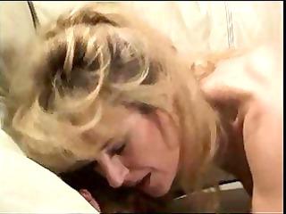 cougar blonede