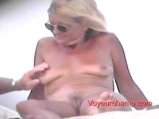 showed sea coast woman s teasing!