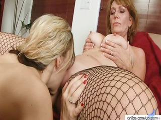 inexperienced older  homosexual women twin sex toy